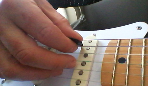 Hybrid picking can really add to your guitar playing