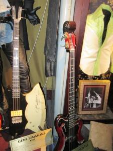 Gene Simmonds and John Entwhistle bass