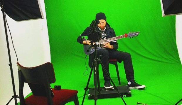 Make yourself a guitar video