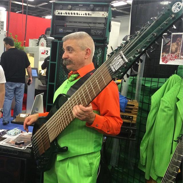 24 String Bass Godzilla Price : find of the week godzilla guitario 39 s 24 string bass guitar geargods ~ Russianpoet.info Haus und Dekorationen