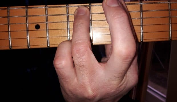 Playing 9th chords with ease